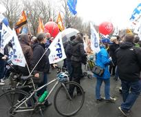 Montreal anti-capitalist march ends with arrests, broken windows