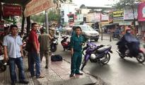 Man gets hand nearly cut off by strangers in Saigon