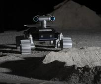 Young grads aim to land a robot on the moon