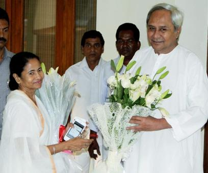 Regional parties have to come together to defeat BJP in 2019: Mamata