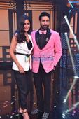 Check out: Katrina Kaif grooves with Abhishek Bachchan on 'Sheila Ki Jawaani'
