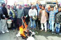 Provide ration on old rates: Shiv Shakti Sena