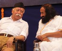 Ayodhya issue: Sri Sri Ravi Shankar to meet RSS Chief Mohan Bhagwat