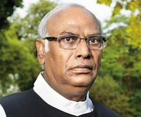 Kalaburagi: Mallikarjuna Kharge claims he's receiving threat calls from over a month