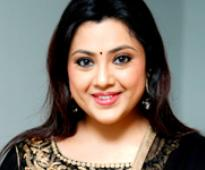 Meena ready to act If it is single-woman subject with strong storyline