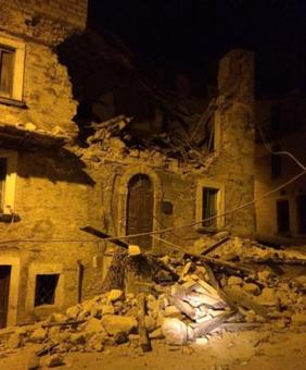 6.2 quake rocks Italy, town at epicentre 'doesn't exist anymore'