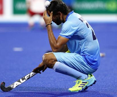 Men's hockey team to return empty-handed, lose bronze play-off to Eng