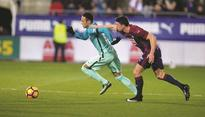 Barca maintain pressure on Real with Eibar win