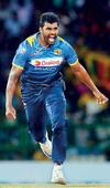 Thisara Perera and Tymal Mills sign with BBL