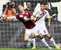 Atalanta 2-1 Torino: Joe Hart follows Claudio Bravo's mistake for City with trouble of his own in Serie A debut