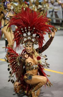 Feathers, fun and fanfare! It's time for the carnival