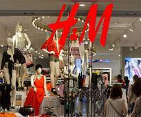 Hennes & Mauritz September sales up 1%