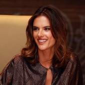 Victoria's Secret Angel makes Dubai stop