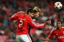 West Ham chasing Benfica defender Lisandro Lopez but face competition from Fiorentina