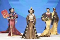 Indonesia Fashion Week: Batik, liberated