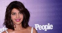 Priyanka Chopra marks 5 mn love on Instagram!