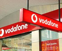 5 Strong Benefits of Choosing Vodafone Red Postpaid Service [Reliance Jio Effect]