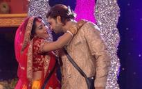 Bigg Boss 10: Newly married Mona Lisa walks out of the house