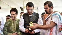 Mumbai: Sachin Tendulkar and Devendra Fadnavis lay foundation stone for healthcare centre for children