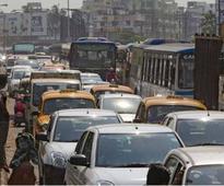 Accident chokes VIP Road