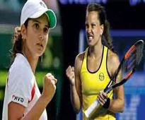 Sania-Strycova ease into second round
