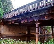 Vallakadavu bridge in danger, says forum