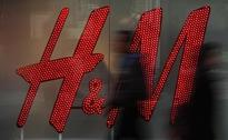 H & M HENNES & MAURITZ : &M montly sales growt 6 percent, lagging forecasts
