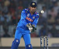 MS Dhoni Donates Keeping Gloves And Pads To Raise Funds For A Liver Cancer Patient In Kolkata