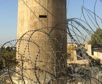Lebanon builds wall near Palestinian refugee camp