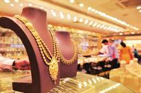 Demonetisation leaves Indian gold lovers no way to buy wedding rings