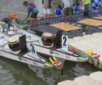 Dragon Boats Strike Chord with Breast Cancer Survivors