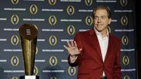 Besting the Bear? Saban in hot pursuit of Alabama icon (Yahoo Sports)