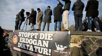 Tens of thousands protest against Erdogan in Cologne