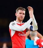 Gunners skipper Mertesacker maintains steely focus on long road back from injury