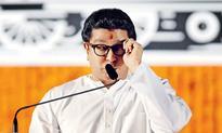 With BMC polls coming up, Raj Thackeray waves Marathi card again