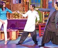 Nawaz apes SRK to perfection