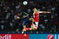 Sanchez rescues draw for Arsenal in Paris