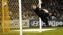 Phoenix keeper Paston to retire