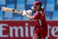 Pooran debuts as Pakistan opt to field