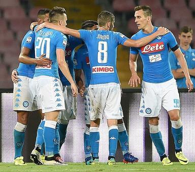 Serie A: Napoli win six-goal thriller against nine-man Milan