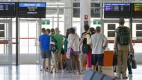 Perth airport service fails to take off