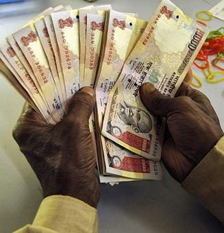 Crores of illegal money flows into poll-bound states, TN tops list