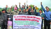 Ex-Servicemen of paramilitary forces hold protest, project demands
