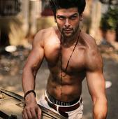 Kushal Tandon Breaks His Silence on His Relationship with Gauhar; know more about his other love affairs!
