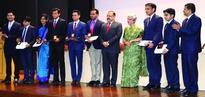 Jitendra felicitates 2016 IAS Probationers