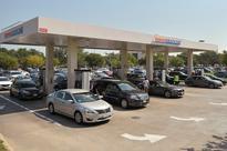 U.S. gasoline pump prices climb even as refineries restart