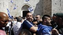 Jewish settlers enter holy sites in Jerusalem, Nablus