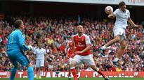 Still Got It: Kanu Scores Hat Trick As Arsenal thrash AC Milan 4-2