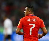 Premier League: Manchester United's Alexis Sanchez refutes claims that Thierry Henry advised him to leave Arsenal