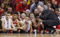 Milwaukee hires Michigan assistant Jordan